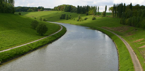 Canal Charleroi-Bruxelles à Godarville